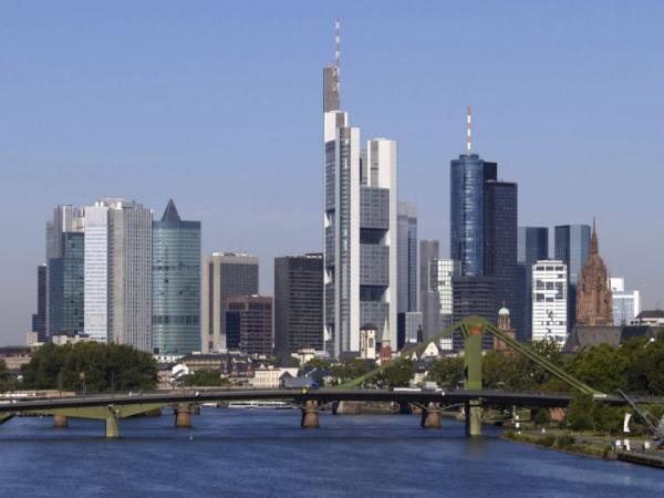 shower tower berlin